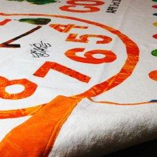 画像2: はらぺこあおむし|名前入り今治製スポーツタオル|EC-CLOCK:ECクロック|オレンジ (2)