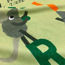 画像3: レオ・レオニ|名前入り今治製バスタオル|Let's Play ABC:えいごであそぼうよ|グリーン (3)